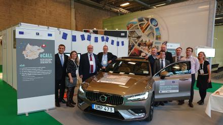 Volvo presents on stage the first eCall-enabled car