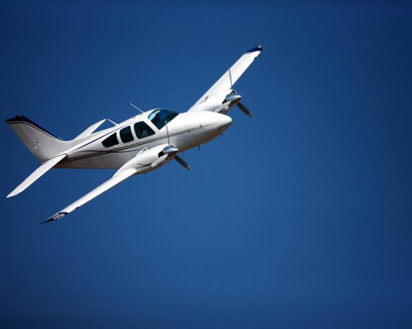 Thanks to EGNOS, General Aviation pilot Julian Scarfe was able to safely land his 1966 Twin Comanche aircraft.